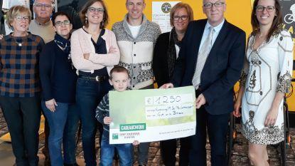 """Diner Dansant Marnic De Meulemeester brengt 1.250 euro op voor """"Give us a Break"""""""
