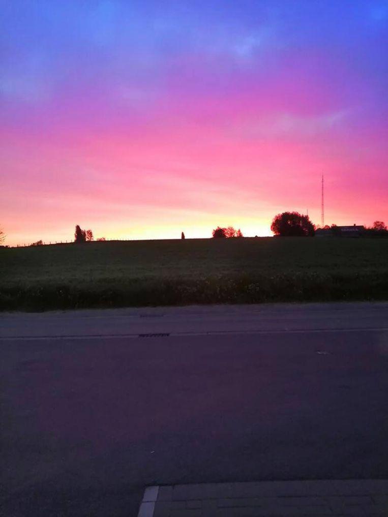 Deze weerfoto werd gemaakt in Zonnebeke door Kristof Vandewalle (via Noodweerbenelux).
