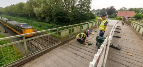 Steenwijkerland wil dat ProRail ijzeren brug vervangt: 'Het is jullie brug'