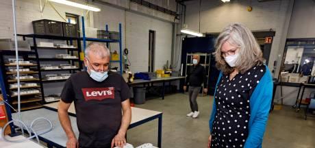 Nieuwe directeur Stroomopwaarts moet zelf óók aan de slag: 'Maken van tuinstoel is echt vakmanschap'