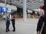 Deel Centraal Station ontruimd vanwege losgeraakte glasplaat