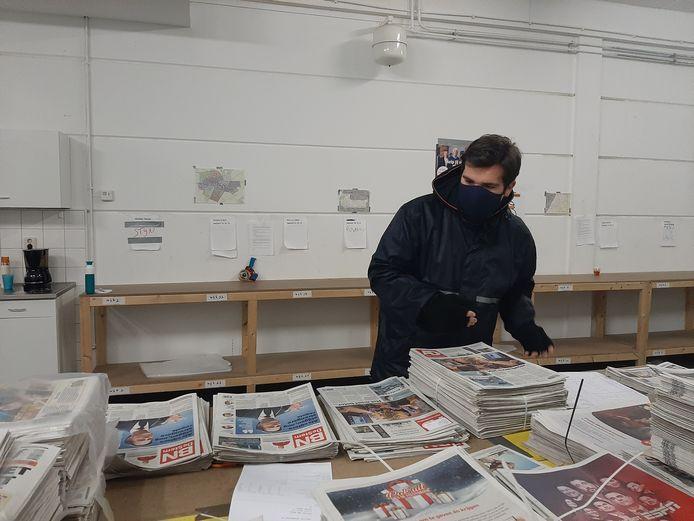 Tim aan het werk op het distributiecentrum in Zevenbergen.