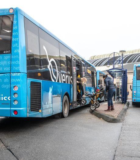 De stinkende stadsbus verdwijnt in sneltreinvaart uit Zwolle en Apeldoorn