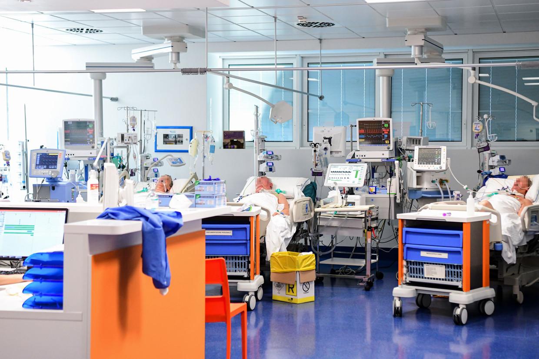 Patienten op een speciale coronavirus intensive care in Brescia, Italië.