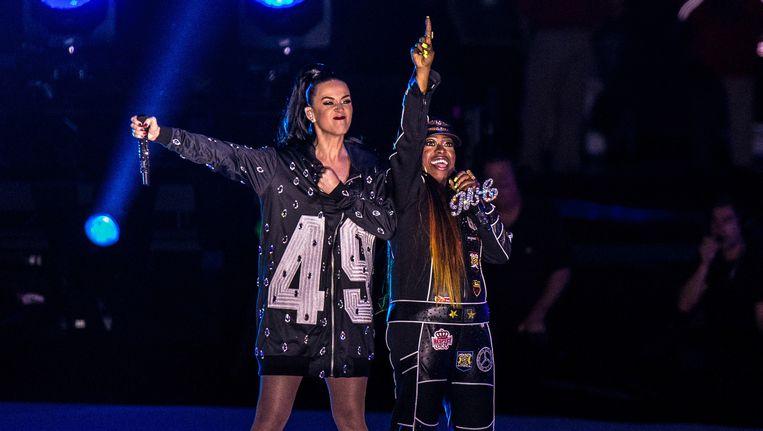Katy Perry en Missy Elliot tijdens de halftime show. Beeld GETTY