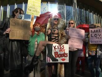 """Nederlandse sekswerkers protesteren: """"Behandel ons zoals andere contactberoepen"""""""