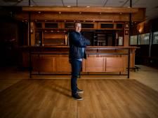 Na 21 jaar vol reuring komt er een stil einde aan Sportcafé De Boog in Krimpen: 'Het is verschrikkelijk'