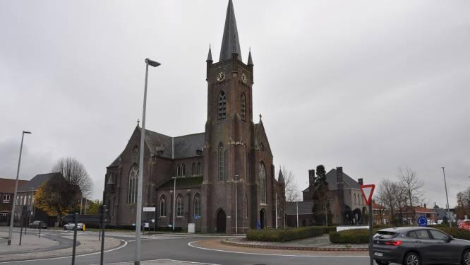 """CD&V niet te spreken over kerkdossier in Kerkhove: """"Gemeentebelangen en Tandem met de billen bloot"""""""