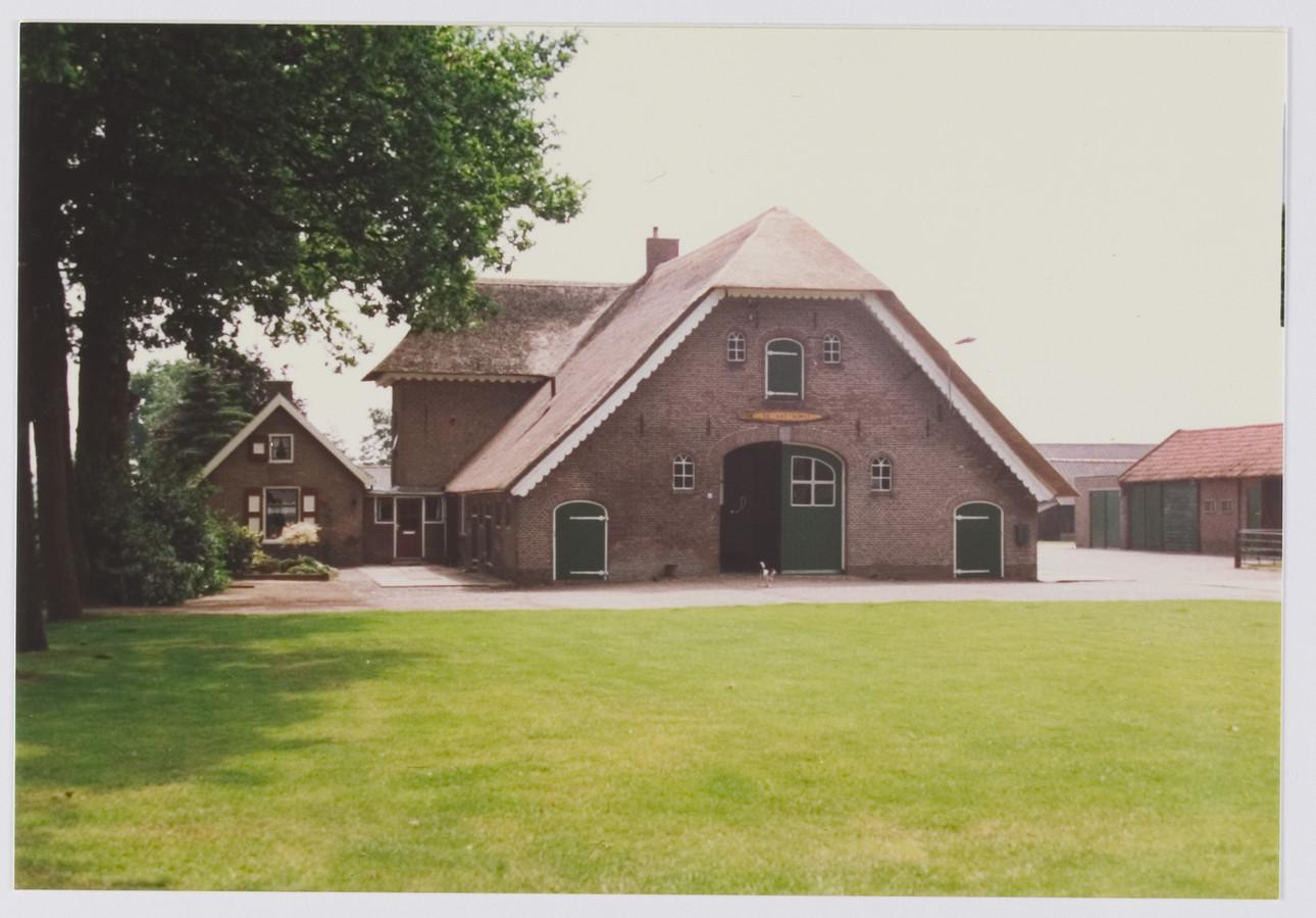 De naamgever van de nieuwbouwwijk is boerderij De Vat Horst aan de Heideweg 85.