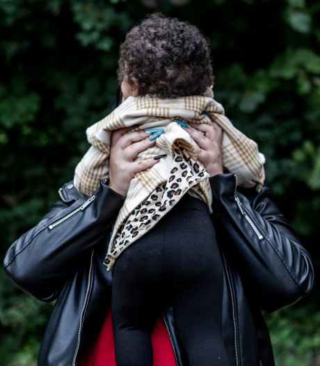 Onbedoeld zwanger op je 18e: 'Het voelde alsof ik tien punten achterstond in de samenleving'