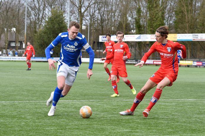 Mitchell Zwart (links) in actie voor SO Soest. Met ingang van het seizoen 2020-2021 speelt Zwart voor Hercules uit Utrecht.