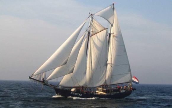 Tussen mei en september 2020 zal deze zeilboot wekelijks van Rotterdam naar Londen zeilen.