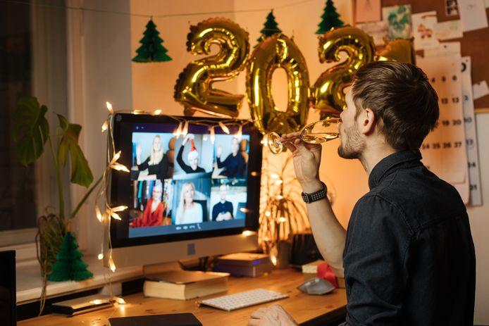 Nieuwjaar online vieren met collega's