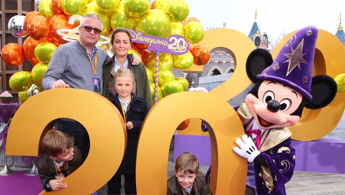 Laurent et Claire en excursion à Disneyland Paris pour les 20 ans du parc d'attractions