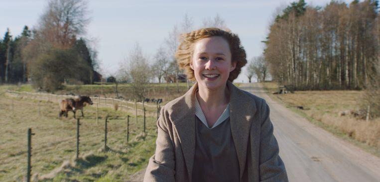 Alba August in Becoming Astrid van Pernille Fischer Christensen Beeld x