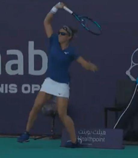 Kirsten Flipkens contrainte à l'abandon à Abu Dhabi après une entorse à la cheville
