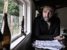 Geen werk door coronacrisis, pianist Matthijs Stronks komt met soloplaat