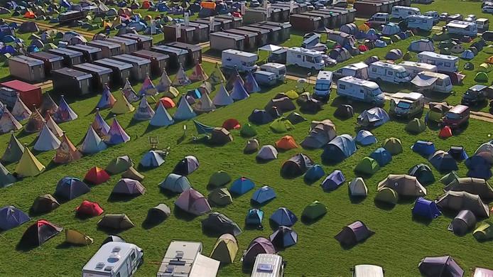 'Gaan we ooit nog terug?' Dat was de eerste vraag die ze bij de Tilburgse Stadscamping van de bezoekers van festival Roadburn kregen toen ze twee jaar geleden uit moesten wijken naar een weiland in Moerenburg.