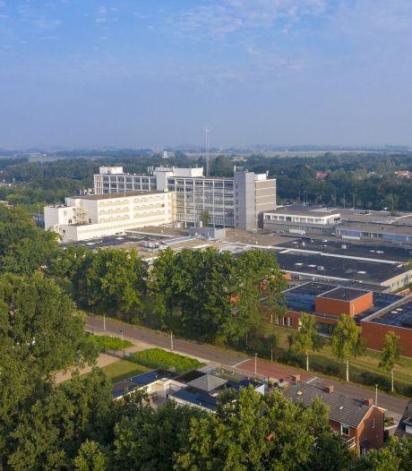Agressieve Roosendaler wil ziekenhuis niet verlaten en grijpt naar pistool van agent