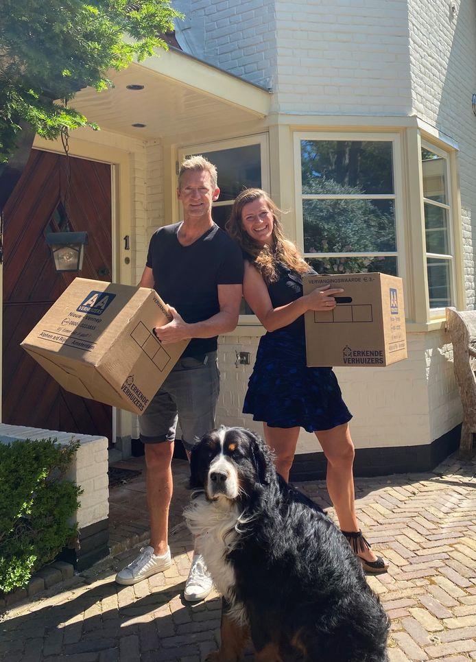 Raymond en Emilie zijn vorig jaar zomer verhuisd van Aerdenhout naar Zandvoort. Hond Bodhi uiteraard ook.