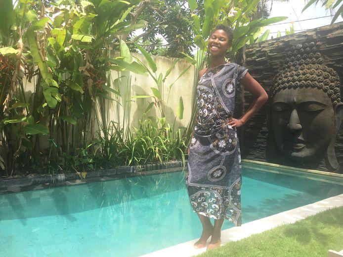 Online marketeer Shamangy Tel (28) had nooit verwacht ondernemer te worden: 'Ik was heel introvert en verlegen.'