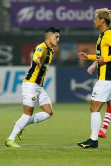 Oosting gooit roer om bij Vitesse: Honda tegen Feyenoord op de bank