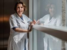 Cardioloog slaakt noodkreet en stopt met fysiek spreekuur totdat ze is gevaccineerd: 'Heel vervelend'