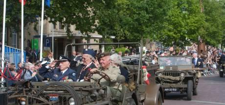 Bevrijdingsdefilé in Wageningen wordt toch weer elk jaar gehouden, met steun van Defensie