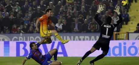 Messi velt Levante met 81ste en 82ste goal van 2012