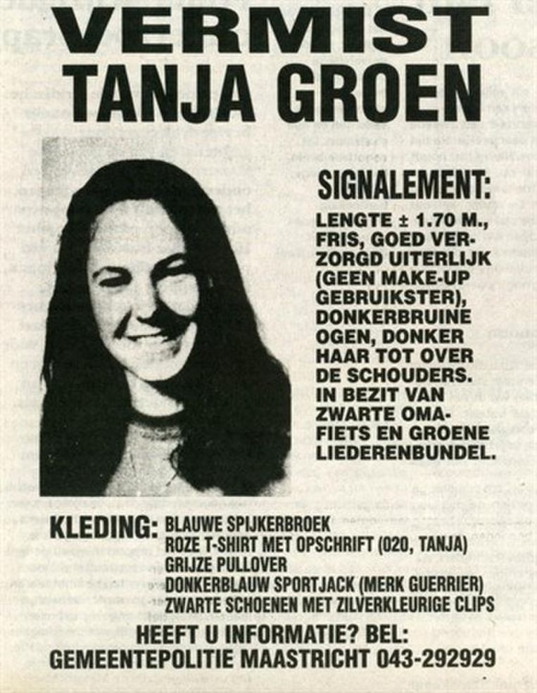 Deze poster werd verspreid na de vermissing van studente Tanja Groen. Beeld Politie