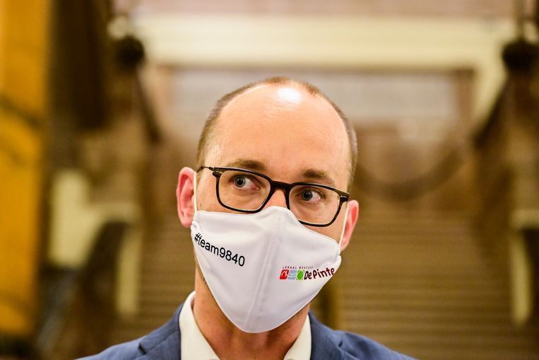 Minster van Financiën Vincent Van Peteghem maakt van de coronacrisis gebruik om de rijkentaks te lanceren.  Beeld BELGA