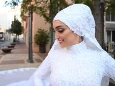 Une séance de photos de mariage à Beyrouth interrompue par la violente explosion