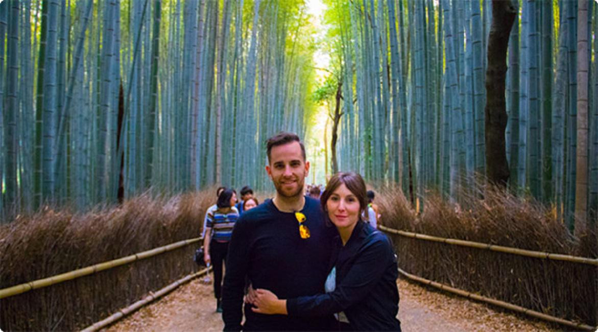 Bart Devriese s'est rendu au Japon. Prix du billet d'avion aller-retour: 265 euros par personne.