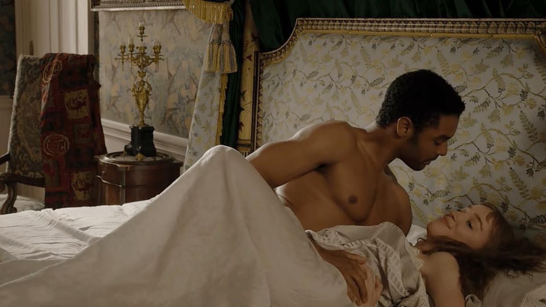 Een seksscène in de serie 'Bridgerton'. Beeld  Netflix