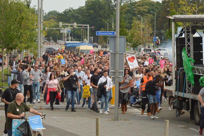 Drukte bij een demonstratie in Breda.