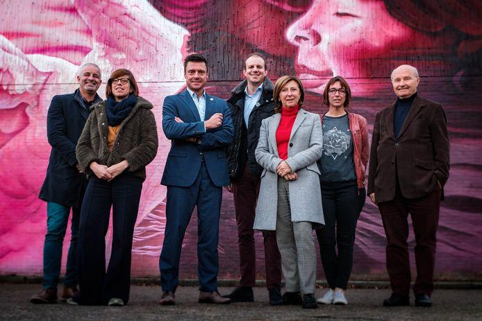 Koen Michiels, Sofie De Leeuw, Koen Metsu, Lawrence Vancraeyenest, Brigitte Vermeulen-Goris, Birre Timmermans en Albert Follens.