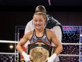 Gepeste kickboxer Naomi Tataroglu slaat terug