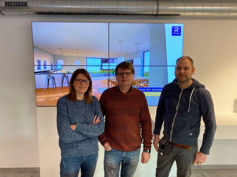 Aluma Constructies is trots op de uitbreiding. Nathalie (links) en Lander (rechts) nemen nu het bedrijf over van vader André.