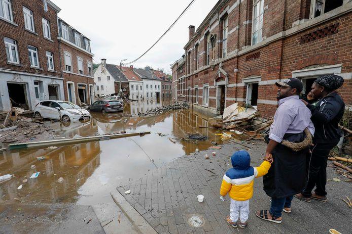 De overstromingen veroorzaakten een ravage in onder andere Pepinster.