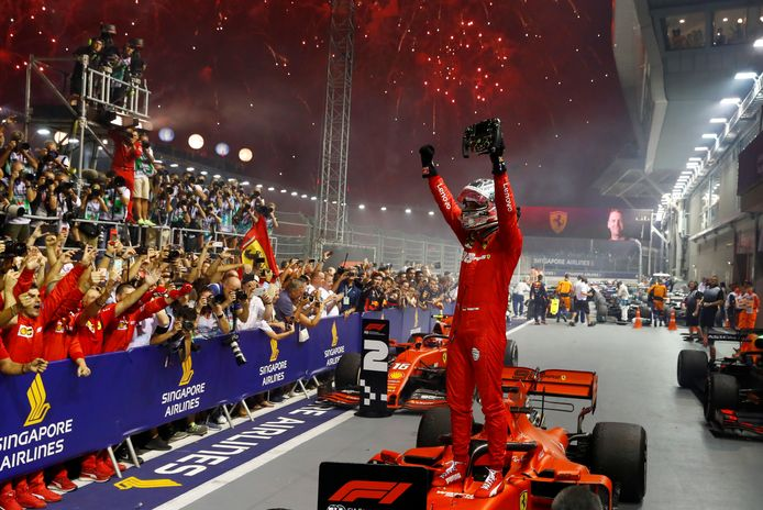 Sebastian Vettel won in 2019 de laatste race in Singapore namens Ferrari.