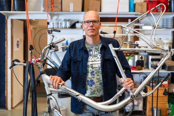 Marc Klaassen is oprichter van Circulair Spijkerkwartier, waar het initiatief Spijkerbikes onder valt.