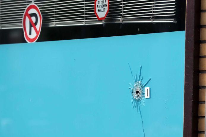 Daags na de schotenwisseling in de Dordtse wijk Het Reeland.