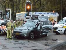 Meerdere gewonden bij zware botsing op Thorbeckelaan