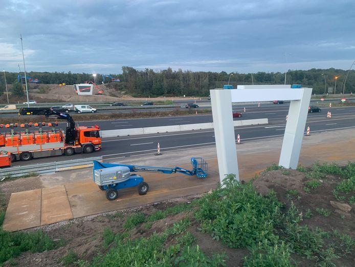 Randweg Eindhoven dicht voor plaatsing fietsbrug