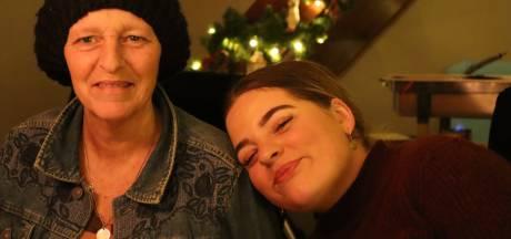 Faith (20) moet het huis uit na overlijden moeder: 'Ik krijg niet eens tijd om te rouwen'