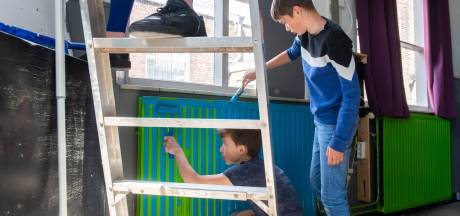 Zwaluwse jeugd knapt eigen honk op: 'we hoeven nu minder op straat rond te hangen'