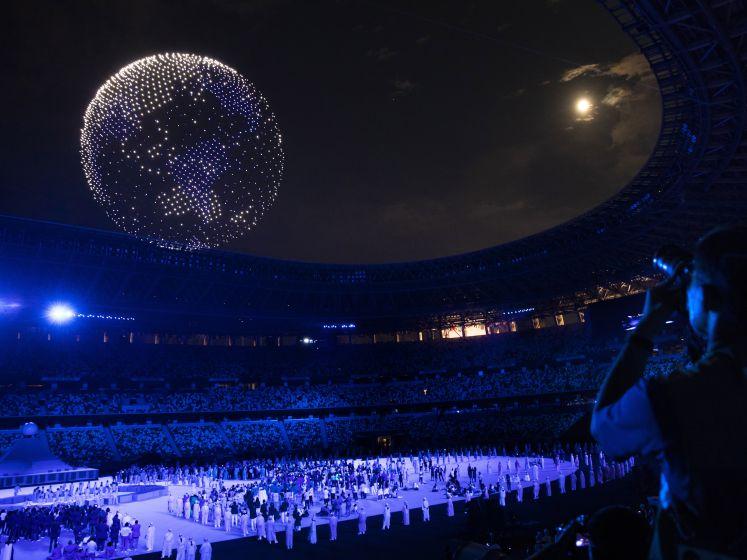 Un impressionnant ballet de drones illumine le stade olympique de Tokyo