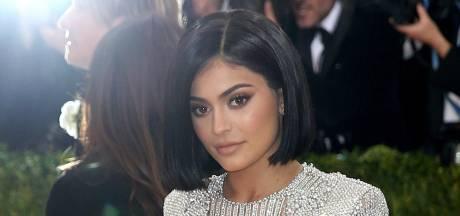 """Kylie Jenner se confie sur les difficultés de grandir sous les projecteurs: """"J'ai perdu des amis"""""""
