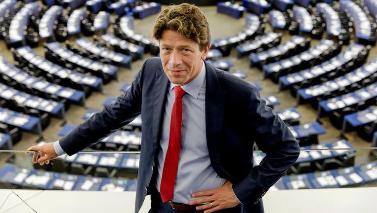 De Amsterdamse Paul Tang (51) kwam tot deze stap 'in het belang van de partij'. Beeld ANP