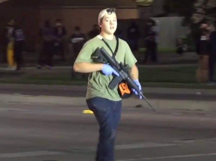 Kyle Rittenhouse, de tiener die twee mensen doodschoot tijdens protesten in Kenosha